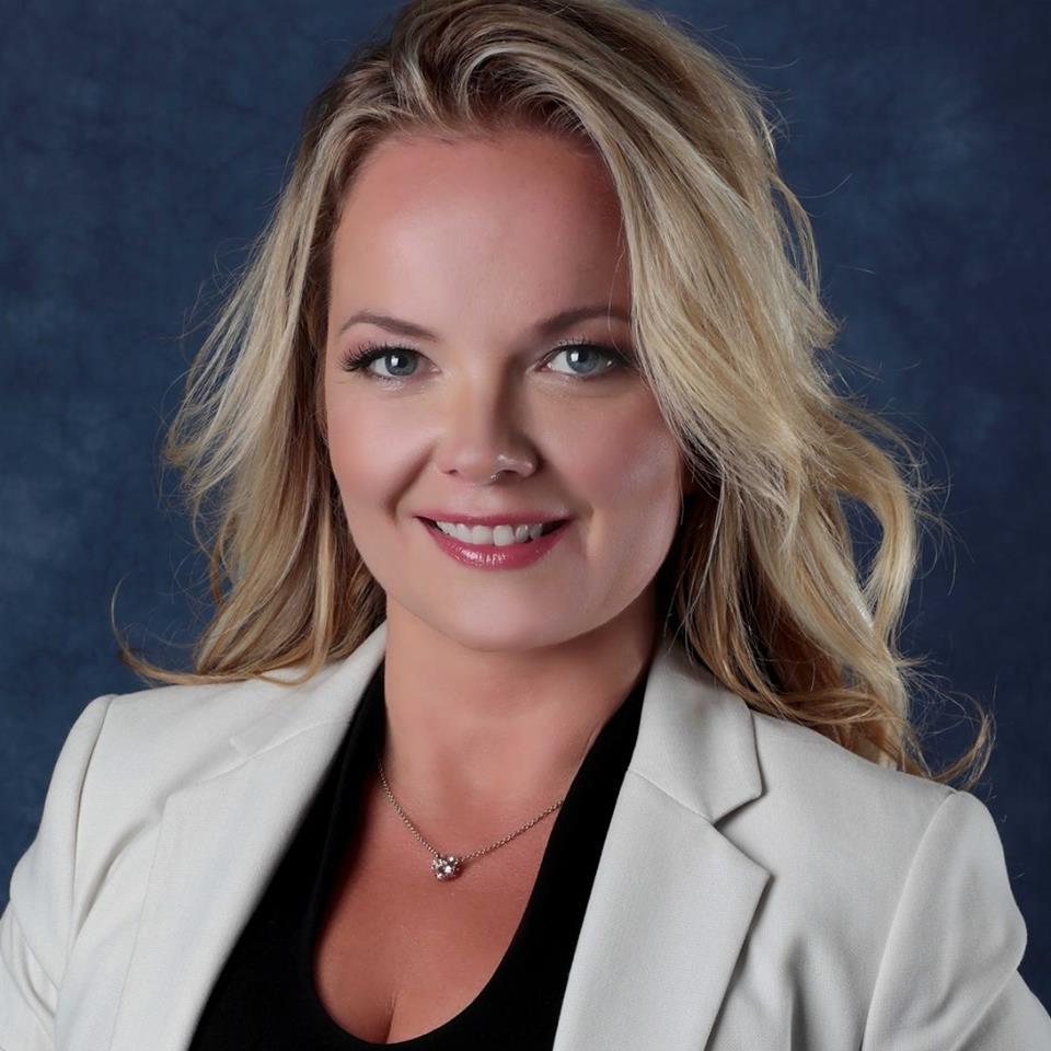 Marta Melinda Pap - holistic healer & wellness coach